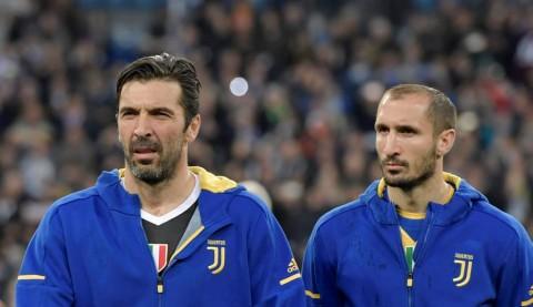 Buffon dan Chiellini di Juventus Hingga 2021