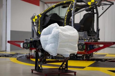 Airbag Honda Didesain Kurangi Cedera Otak