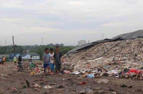34 Persen Sampah di Bantargebang Adalah Plastik