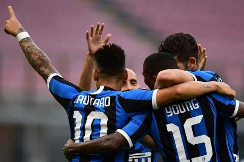 Inter Milan Lumat Brescia 6-0