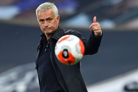 Jose Mourinho Kritik Jeda Pertandingan Terlalu Lama
