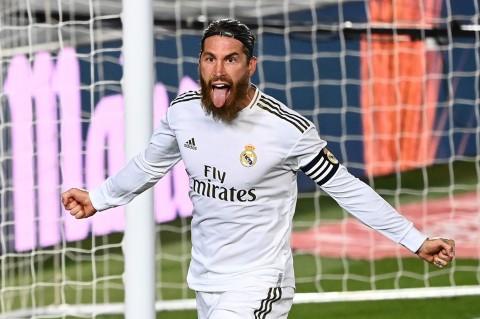 Tekuk Getafe 1-0, Madrid Jauhi Barca