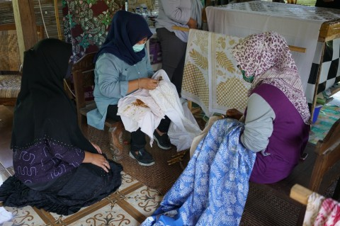 Pemkab Sleman Dorong Warga Pakai Batik Produk Lokal