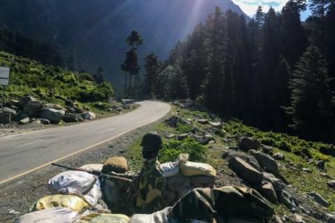 Pasukan Tiongkok Menarik Diri dari Lembah Himalaya