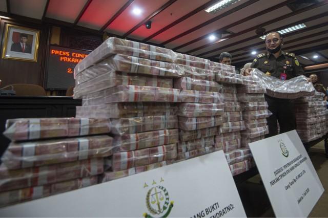 Kejagung Eksekusi Uang Rp97 M di Kasus Honggo Wendratno - Medcom.id