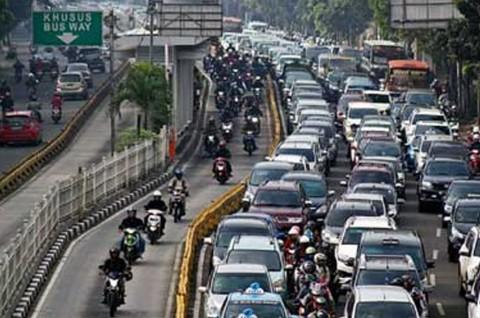Terburu-buru saat Berkendara Penyebab Kecelakaan Lalu Lintas
