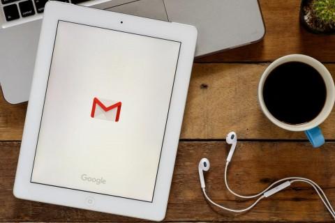 Gmail Terima Dukungan Multitasking di iPad