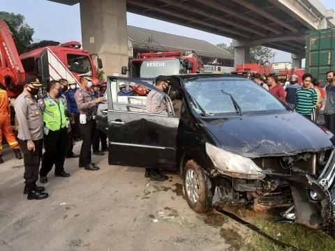 Korban Meninggal Minibus Terjun ke Kalimalang Jadi 2 Orang