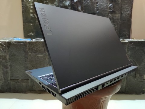 Review Lenovo Legion 5i, Laptop Gaming Rasa Kantoran