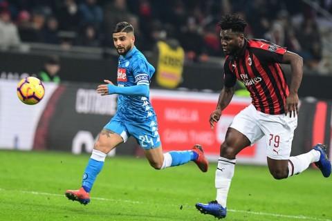 Prediksi Napoli vs Milan: Imbang Statistik, Beda Motivasi