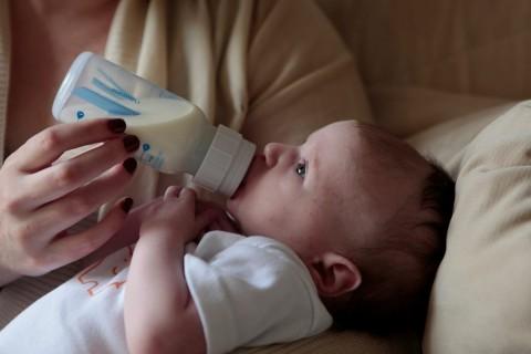 Membandingkan Gizi Susu Kambing dengan Susu Sapi untuk Anak