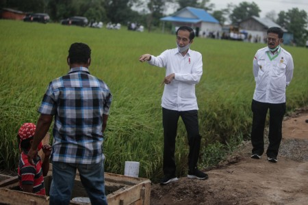 Jokowi Beri Modal Rp2,4 Juta kepada 12 Juta Pedagang