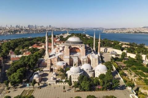Hagia Sophia, Pergulatan Baru Keagamaan Atas Situs Suci