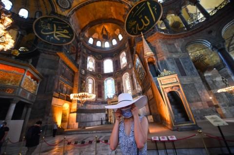 Mosaik Hagia Sophia akan Ditutup Selama Waktu Salat