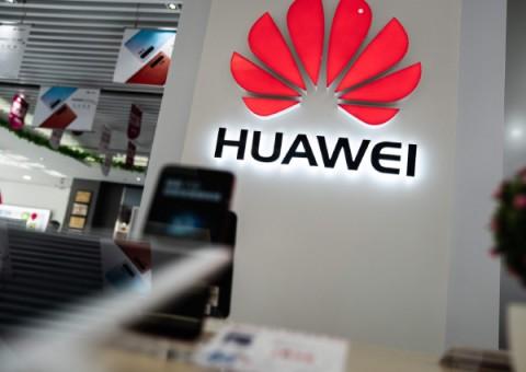 Semester I, Pendapatan Huawei Naik 13,1%