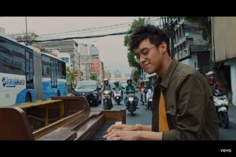 Lagunya Masuk Playlist BTS, Ardhito Pramono Berharap Liburan ke Korea