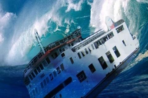 KRI Teluk Jakarta-541 Tenggelam di Pulau Kangean