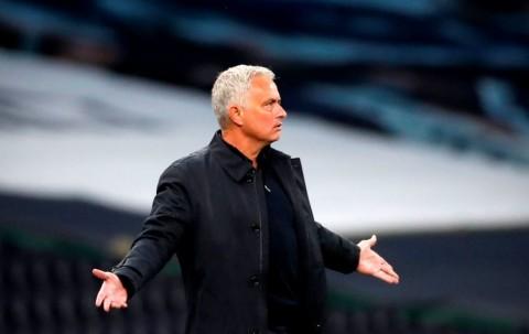 Mourinho Kecewa Manchester City Lolos Sanksi FFP