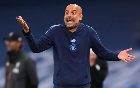 Guardiola Balas Sindiran Mourinho dan Klopp