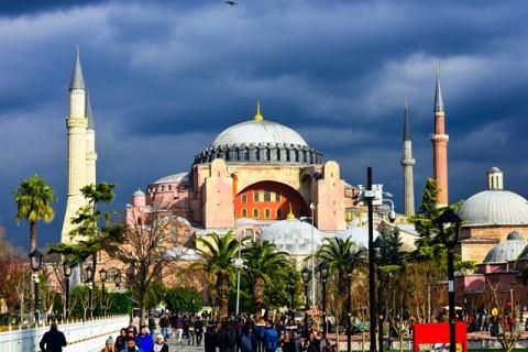 Fakta-fakta Mengenai Hagia Sophia