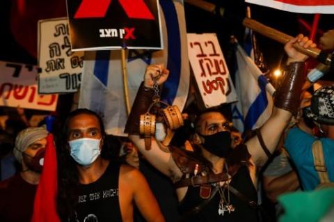 Ribuan Warga Israel Minta Netanyahu Mengundurkan Diri