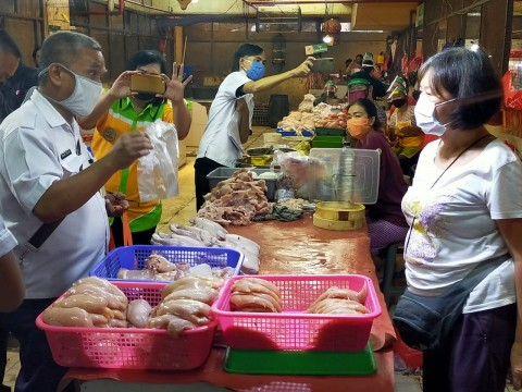 Penerapan Kantong Belanja Ramah Lingkungan Belum Maksimal