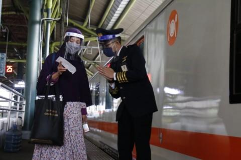 Tak Perlu SIKM Lagi untuk Naik Kereta Api dari dan ke Jakarta