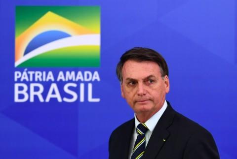 Tes Dua Kali, Presiden Brasil Tetap Positif Covid-19