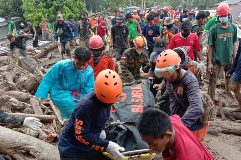 Korban Banjir Bandang Luwu Utara Kembali Bertambah