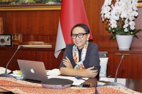 Indonesia Urges Countries to Respect International Laws in South China Sea