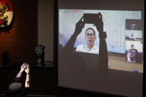 Tubagus Chaeri Wardana Divonis 4 Tahun Bui