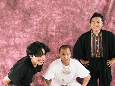 Rollfast Kritik Eksploitasi Pariwisata Bali lewat Lagu Garatuba