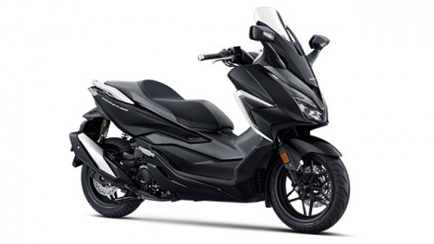 Honda Forza Kini Usung Mesin 350 cc