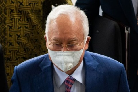 Ketua Parlemen Malaysia Bantah Tunda Persidangan Najib Razak