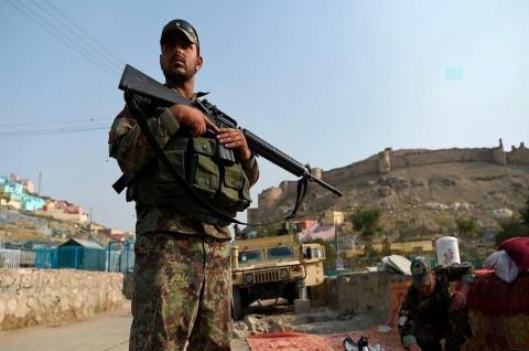 Bom Bunuh Diri Taliban Tewaskan 8 Prajurit Afghanistan