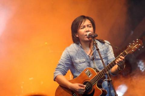 Terungkap, Alasan Ahmad Dhani Pilih Ari Lasso jadi Vokalis Dewa