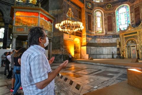Turki Tunjuk Tiga Imam Masjid Hagia Sophia