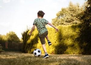 Apa yang Bisa Dilakukan Orang Tua Agar Anak Tetap Aktif?