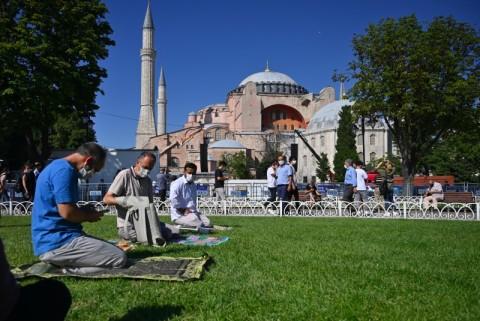 Salat Pertama di Hagia Sophia Disiarkan Langsung Afrika Selatan