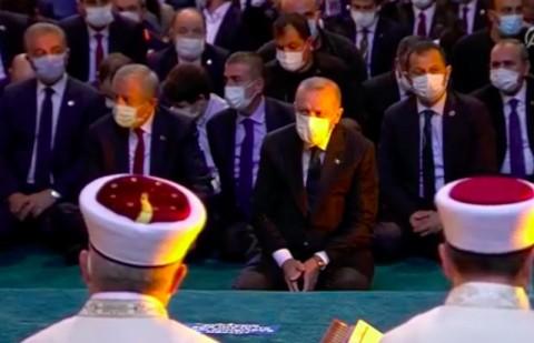 Erdogan Tiba di Hagia Sophia untuk Salat Jumat Perdana
