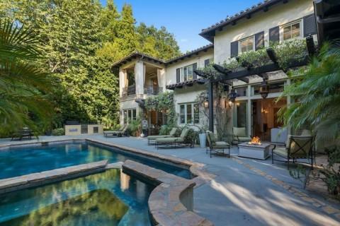 Britney Spears Jual Murah Rumahnya di Beverly Hills