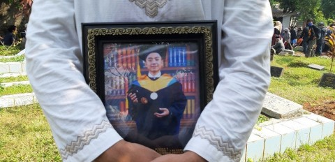 Yodi Prabowo Bunuh Diri