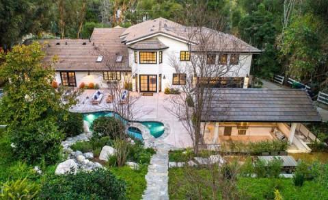 Miley Cyrus Jual Rumah Hidden Hills Seharga Rp72 Miliar