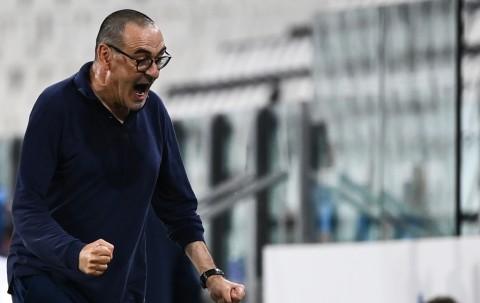 Luapan Bahagia Sarri Usai Juventus Raih Scudetto