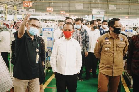 Kepala BKPM Pastikan Tak Ada PHK di Industri Padat Karya Jabar