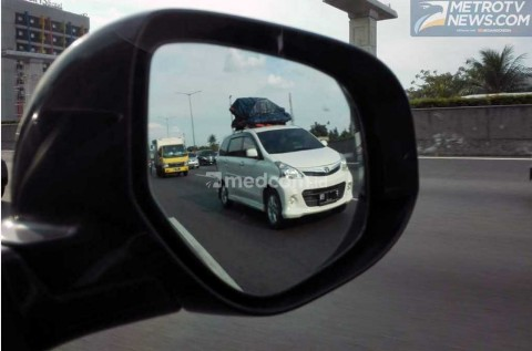 Pahami Ragam Fungsi Kaca Spion Mobil