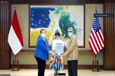 100 Ventilator Pertama dari AS Diserahkan ke Indonesia