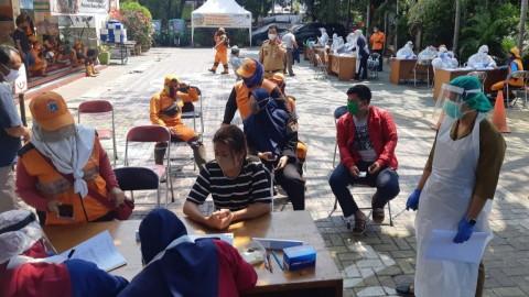 Pedagang Pasar Jongkok dan Penjual Kurban Tes Swab Massal