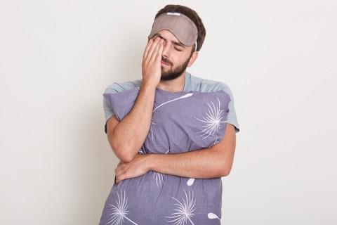 Apakah Tidur Sambil Berjalan Itu Berbahaya?
