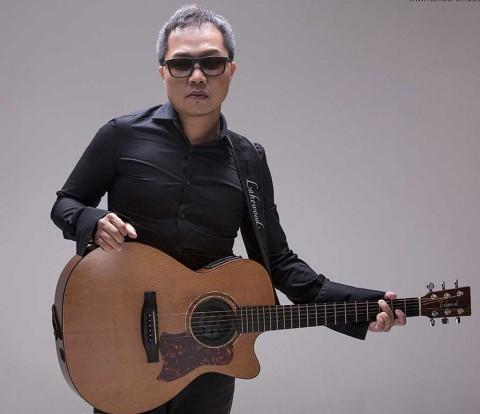 Sandhy Sondoro jadi Finalis Festival Menyanyi Internasional di Yalta
